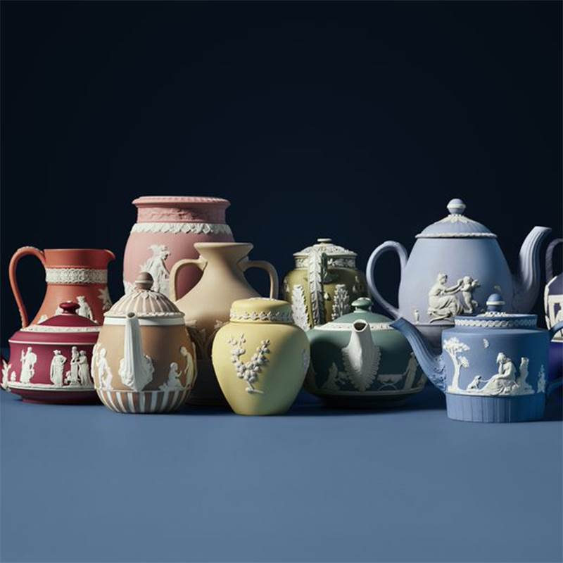 https://www.wedgwood.com/-/media/wedgwood/images/wedgwood/editorials/editorial-detail-page-components/260-years-of-creatio-and-innovation/260-years-of-creatio-and-innovation.ashx?q=70&iw=800&ih=800&crop=0